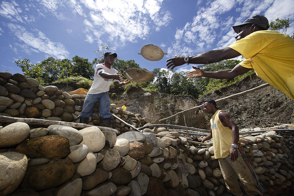 Oro Verde Miners in Colombia