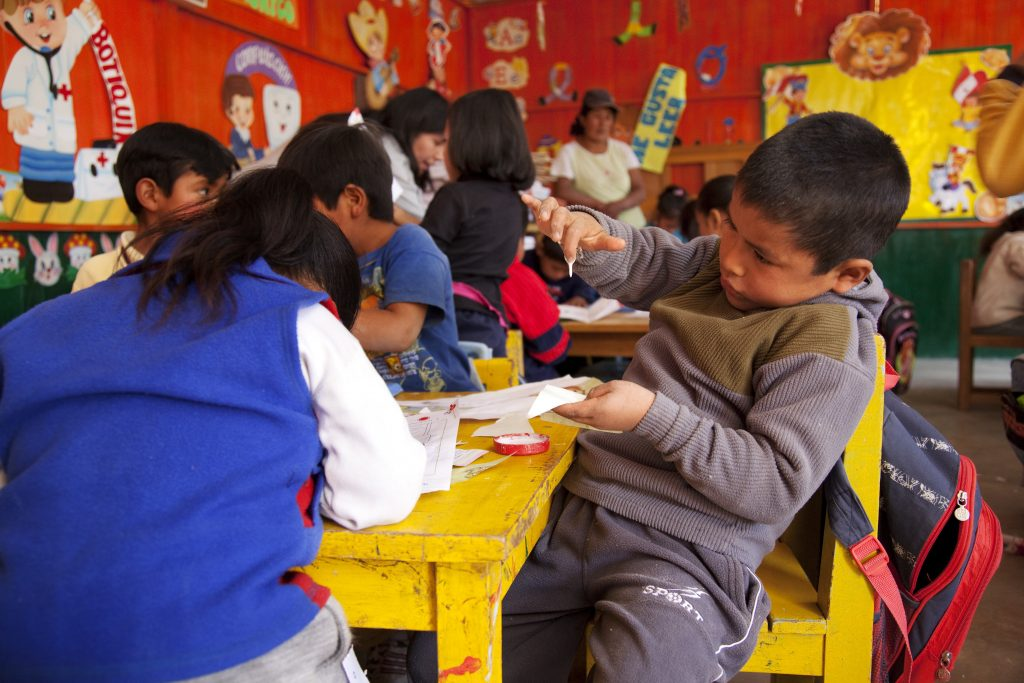 Santa Filomena's primary school has been the beneficiary of Fairtrade Gold premiums. District of Sancos, province of Lucanas, department of Ayacucho, Peru. Photo: Eduardo Martino