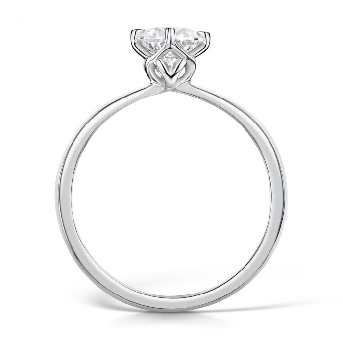 Solitaire Diamond Ring Round Brilliant Cut four Claw setting Profile