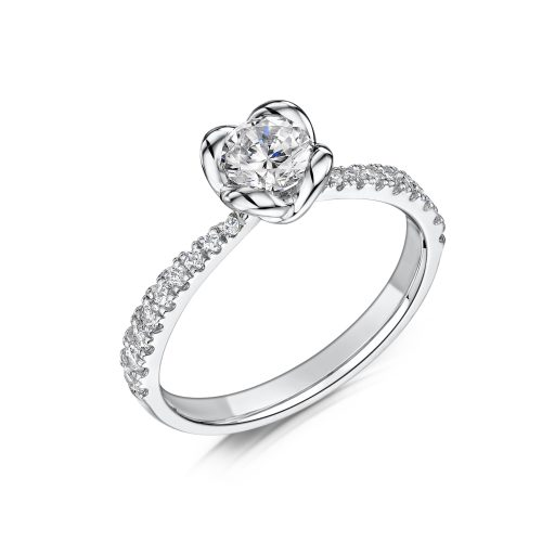 Solitaire Diamond Ring Round Brilliant Cut Scallop Set With Diamonds on edges